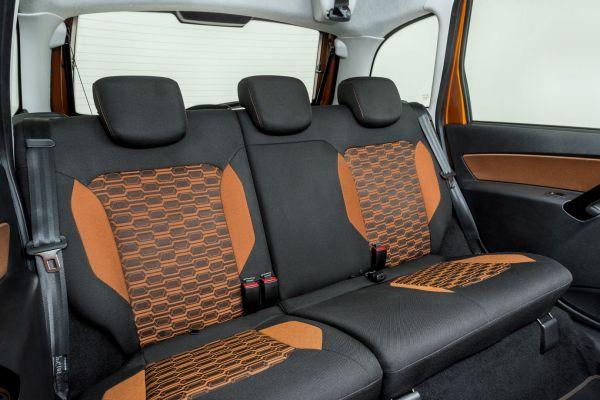 1558677678-gswc-back-seats-1B992B7A1-1D81-CFD0-D236-6D5457036E0C.jpg